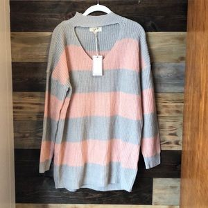 🌻3/20$ Pink & Gray Striped Sweater Large